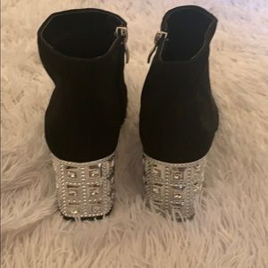 Madeline Shoes - Ankles booties